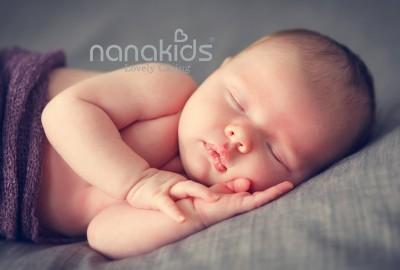 Trẻ sơ sinh ngủ tối lúc mấy giờ giúp tăng chiều cao, phát triển trí tuệ