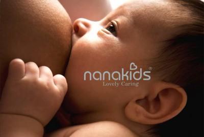 Sai lầm nuôi con phổ biến của các mẹ bỉm sữa – Bé bú không đúng cách.