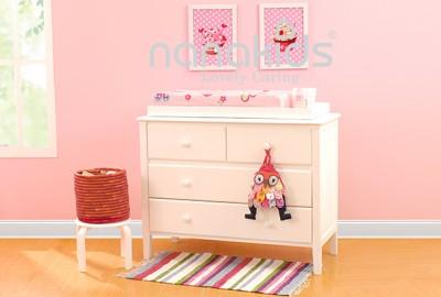 Tủ quần áo trẻ em bằng gỗ, sản phẩm nội thất không thể thiếu trong mỗi gia đình.