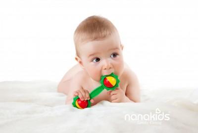 """Hành trình phát triển """"vô cùng kỳ diệu"""" của bé trong 12 tháng đầu đời."""