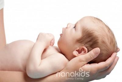 Nguyên tắc giữ an toàn cho bé sơ sinh mẹ bỉm sữa cần học thuộc lòng.