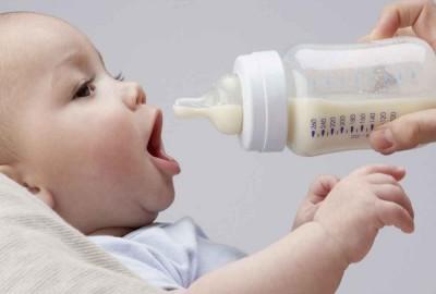 Mẹ đã biết phương pháp bảo quản sữa mẹ an toàn chưa?