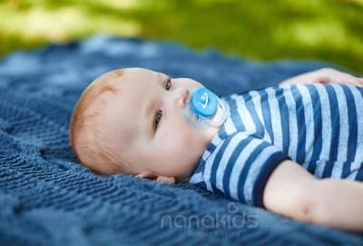 5 khái niệm cơ bản mẹ cần biết trước khi cho bé sử dụng núm vú giả.