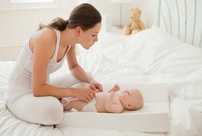 """Tỷ nguyên do gây trầm cảm sau sinh ở mẹ mà """"bố bỉm sữa"""" cần lưu ý."""