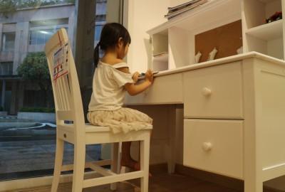 Tìm mua kiểu bàn học uy tín cho bé ở đâu tại Đà Nẵng.