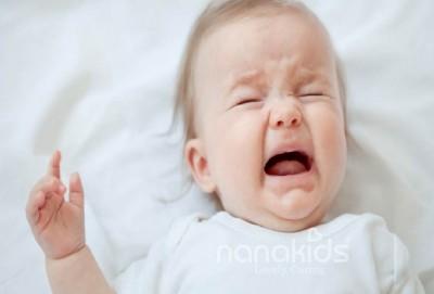 Cảnh báo biến chứng từ bệnh tay chân miệng ở trẻ mẹ nên cẩn trọng.