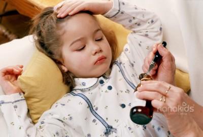 Bùng phát cúm A – Cấm dùng khăn xô lau khi bé sốt.